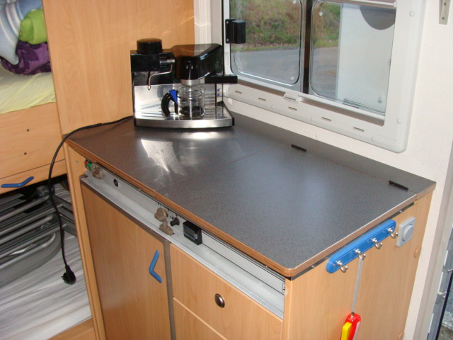 Küche mit Multiplex Holz und Arbeitsplatte Anthrazit - tango-forum ... | {Arbeitsplatte küche anthrazit 66}